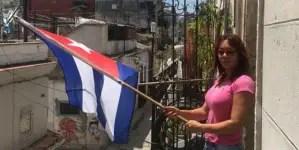 Policía castrista allana vivienda de periodista independiente Iliana Hernández