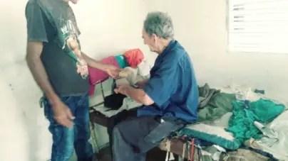 Anciano con discapacidad visual espera hace dos años por ayuda del gobierno