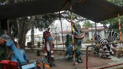 Ofertas caras y parques destrozados: así se divierten los niños provincianos