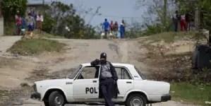 Fallece uno de los policías hospitalizados tras ataque; suman dos muertos