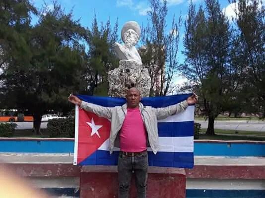 Hijo de preso político se encuentra grave tras haber sido apuñalado en La Habana
