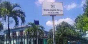 Clausuran Tribunal Municipal de Diez de Octubre por sospechas de coronavirus