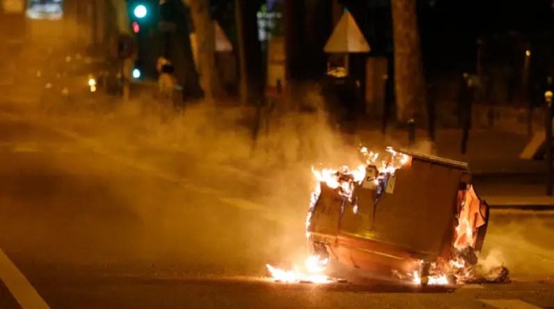 Reportan disturbios en París pese a cuarentena por coronavirus