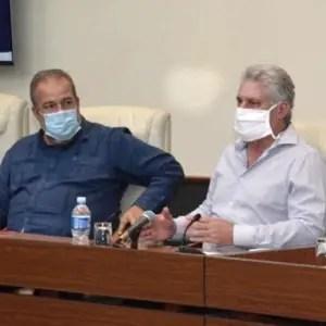 Díaz-Canel llama a crear brigadas para señalar a quien viole aislamiento social