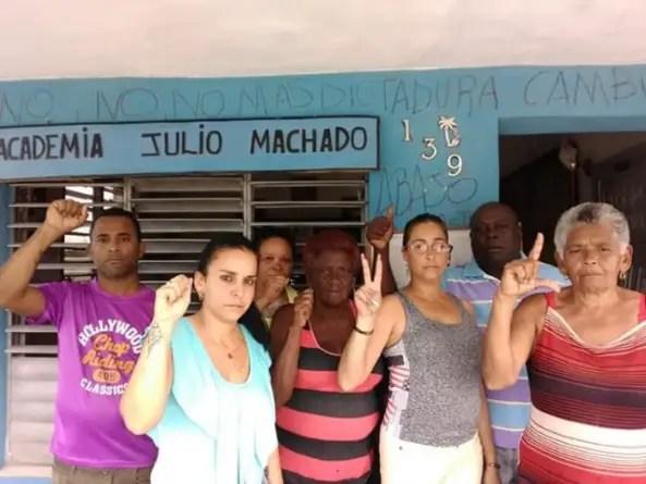 Asaltos, robos y prisión domiciliar para opositores que protestaron en Placetas