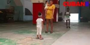 Amenazan con desalojar a madres que ocuparon local en La Habana Vieja