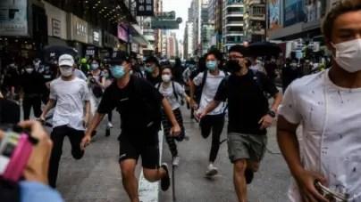 "Protestan en Hong Kong contra ley que criminaliza ""insultos"" al himno chino"