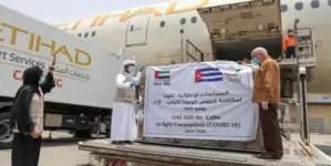 Emiratos envía a Cuba avión con 8 toneladas de ayuda contra COVID-19