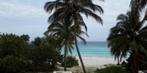 Autoridades cubanas reabren Varadero, con distanciamiento social