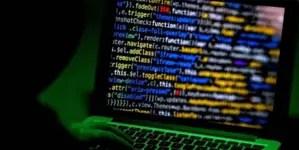 EE.UU. acusa a hackers chinos por atacar a fabricantes de vacuna contra COVID-19