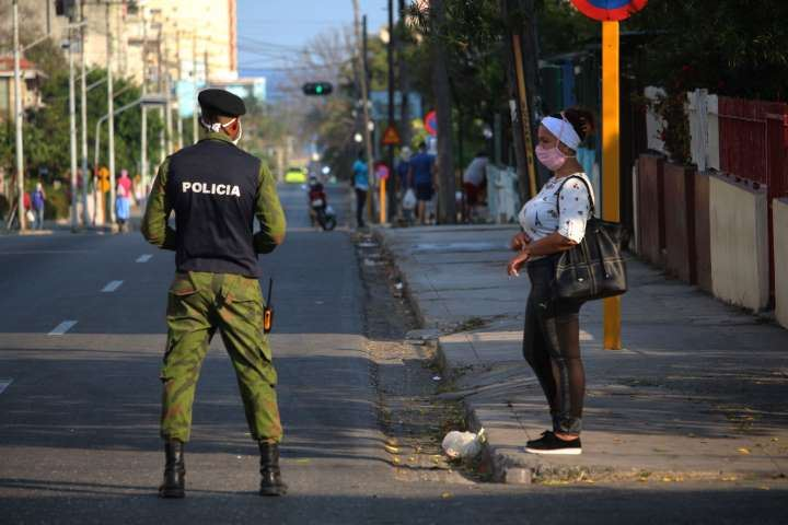 covid-19 coronavirus cuba cubanos represión pobreza suicidio hambre