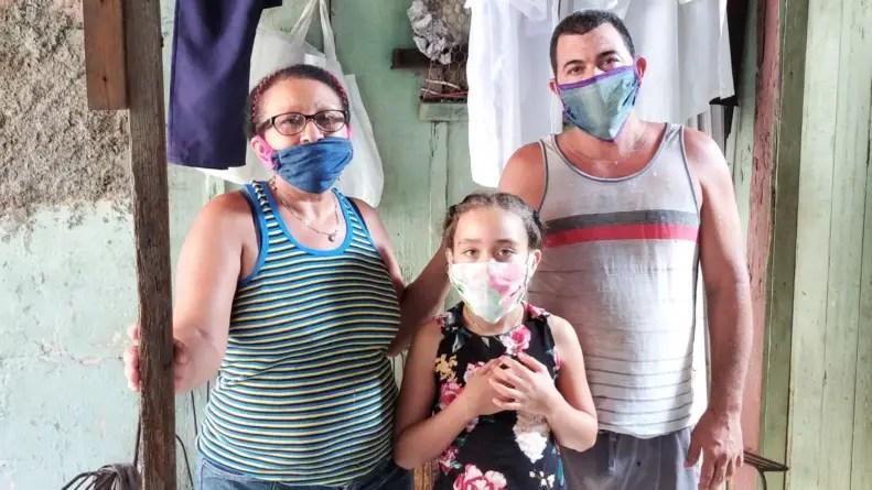 """""""Uno solo puede vivir para alimentarse"""": el drama de una familia santiaguera"""