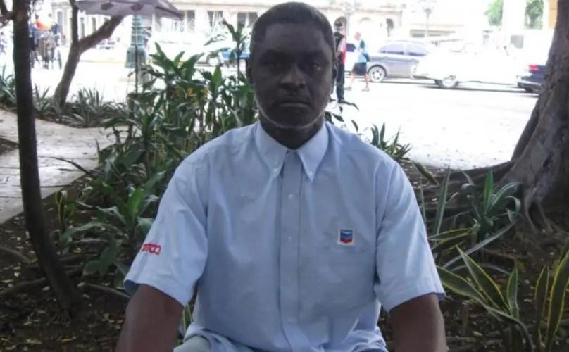 Esposa de preso político denuncia problemas para entregar ayuda en prisión