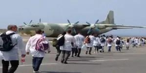 """Maduro tiene a """"Médicos Cubanos Militares ayudando"""" con la COVID-19"""