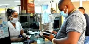 Peloteros de Granma entregan dinero al régimen cubano