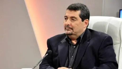 Iroel Sánchez quiere enviar una brigada de médicos cubanos a Miami