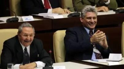 Tiendas en divisas: el régimen vuelve a reírse del pueblo