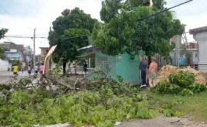 Efectos de la tormenta local severa en Bayamo