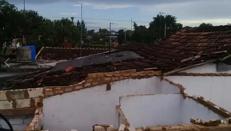 Efectos del tornado en San Nicolás de Bari