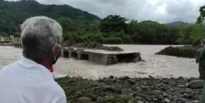 Derrumbe de un puente en Granma deja a 30 comunidades aisladas