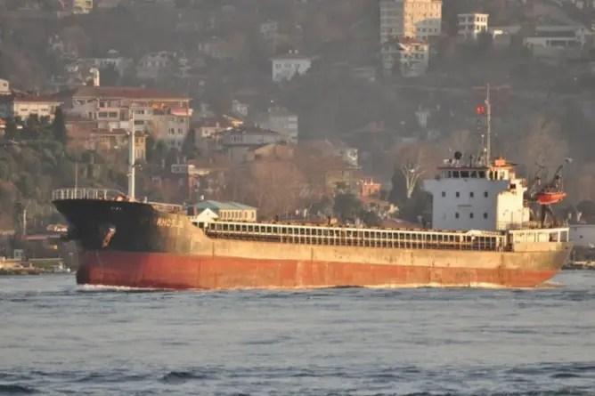 Un barco ruso abandonado en 2014, el origen de la explosión en Beirut