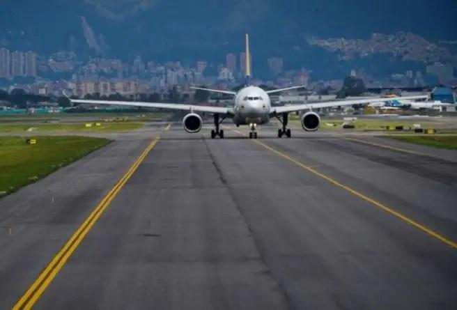 ¿Por qué vuelan vacíos los aviones desde Bogotá a La Habana?
