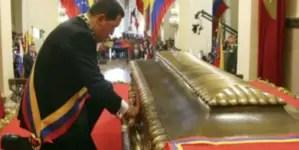 """Infobae: Chávez llevó la """"magia negra"""" a Venezuela, con ayuda cubana"""