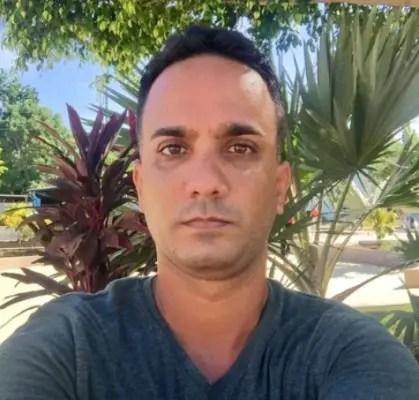 Policía política busca al periodista independiente Yunier Gutiérrez