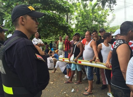 Ofrecen refugio a 32 cubanos en la frontera de Costa Rica