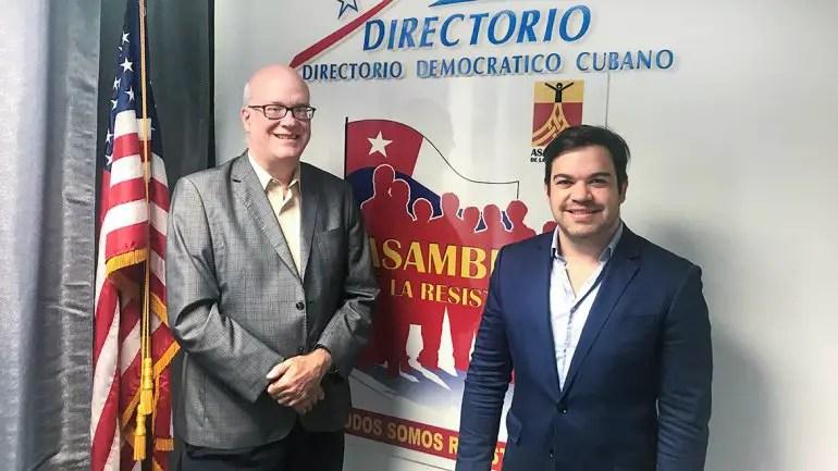Colombianos en Miami se suman a Caravana Anticomunista