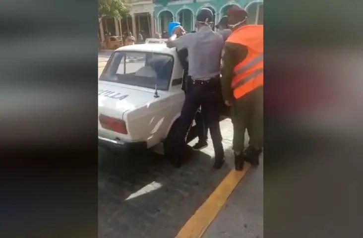 cuba represión detención decreto-370 abuso violencia policial Raux Denis Rodriguez