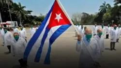 """Médicos cubanos: """"Nosotros nos consideramos esclavos del siglo XXI"""""""