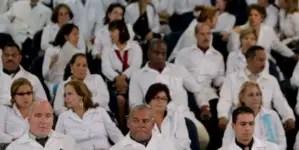 """""""Que se queden con el 80% del salario de los médicos cubanos es inaceptable"""""""