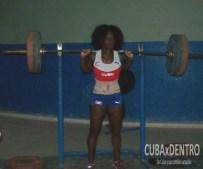 Yarisley Silva entrenando en La Habana