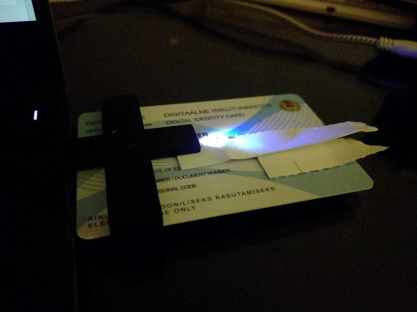 digital id card in USB reader