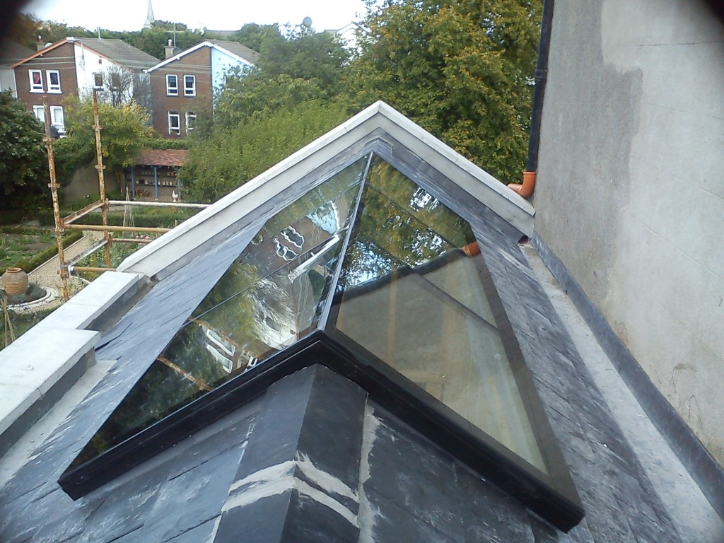Skyframe Ridge Rooflight 3 1024 215 768 Cubo