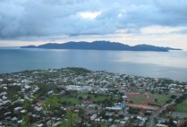 australia-townsville-by-kirstin-bebell-castle-hill-view-2012-2
