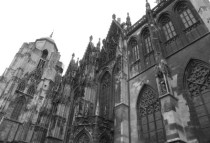 austria-vienna-by-sarah-grimsdale-st-stephans-cathedral-spring-2011
