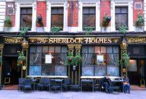 england-london-by-amanda-fendrick-the-sherlock-holmes-restaurant1