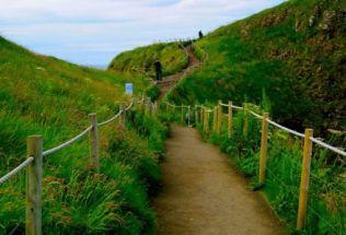 n-ireland-belfast-by-hillary-skeffington-giants-causeway