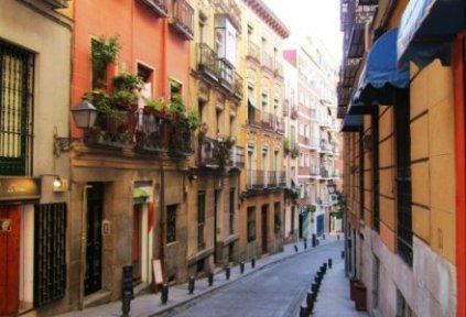 spain-madrid-by-hilary-terrell-beautiful-side-street-2011