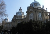 hungary-budapest-by-kelsey-lanning-building-spring-2012