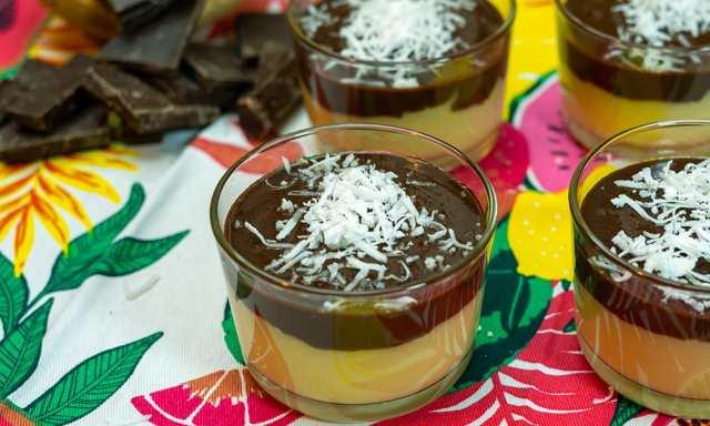 Delicia de Coco com Chocolate