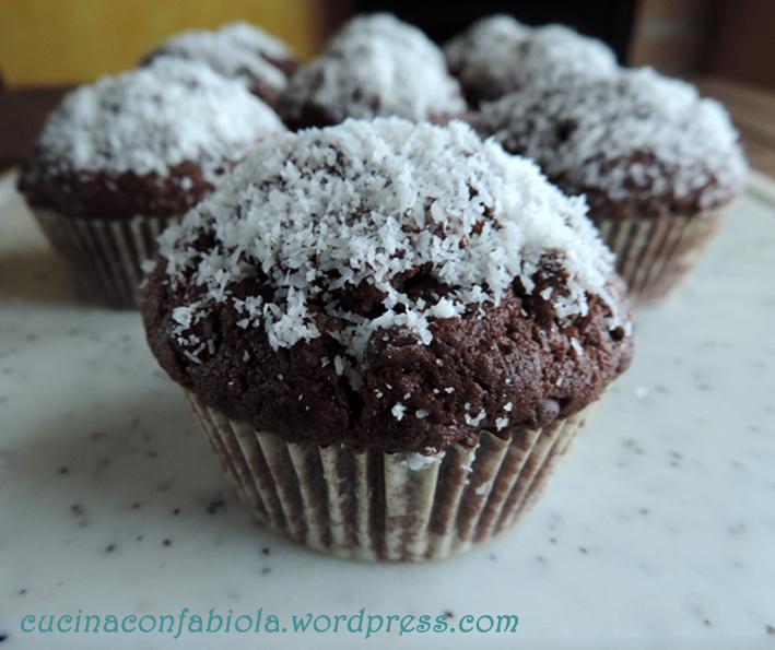 Muffins al cioccolato e cocco (2/3)