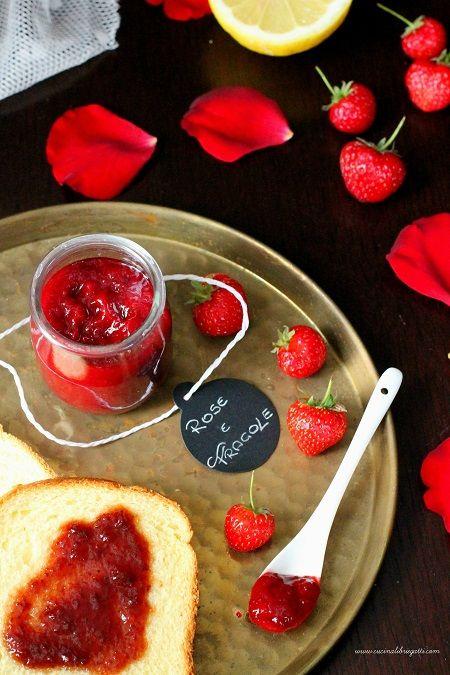 Marmellata di rose e fragole