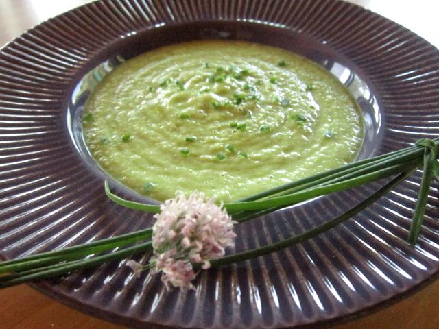 Crema di cetriolo e avocado, alla menta