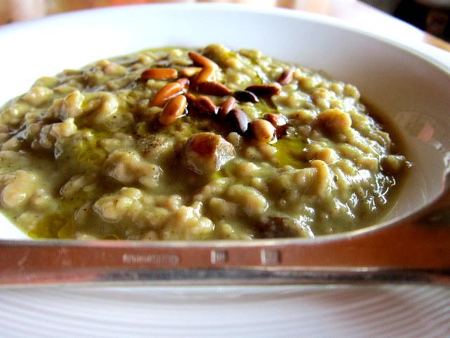 Spätzle di farina di castagne in crema di broccoli