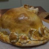 Faraona in crosta di pane e sale (però questo è un pollo)