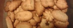 Biscotti fatti con la sparabiscotti