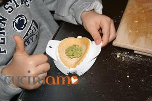 Tortelli siciliani: chiudere il tortello